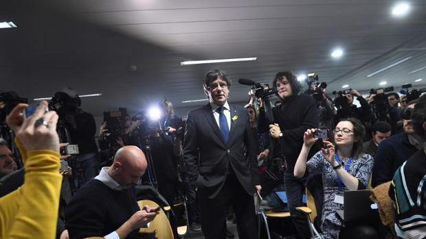 Puigdemont provoca al juez al anunciar que irá a Dinamarca