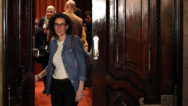 El juez atribuye a Rovira una «función decisoria» en todo el proceso soberanista