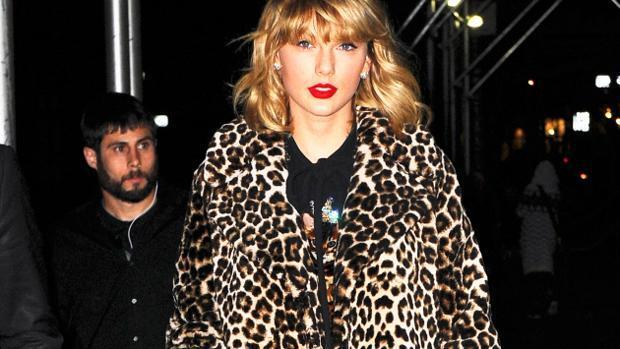 ¿A qué juega Taylor Swift?