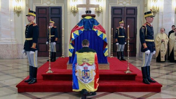 Rumanía rinde un último homenaje a Miguel I con un funeral de Estado