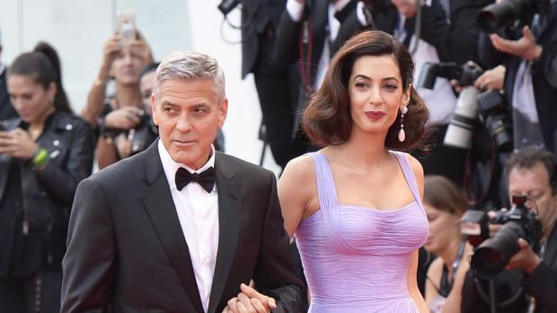 George Clooney no tuvo ni que salir de casa para conocer a Amal
