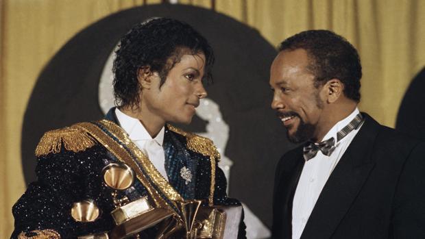 La familia de Michael Jackson contraataca a Quincy Jones: «Es un celoso»