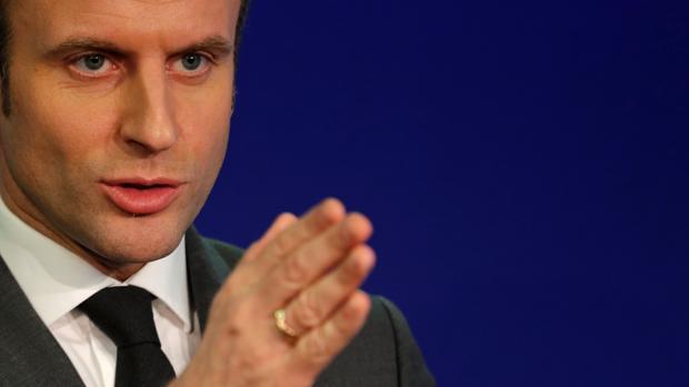 Macron sube en Francia, pese a no haber definido su programa