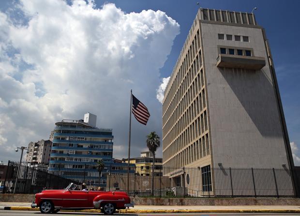 Un diplomático canadiense también sufrió el misterioso ataque sónico que afectó a la embajada de EE.UU. en Cuba