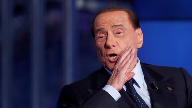 Con Berlusconi vuelve la tempestad