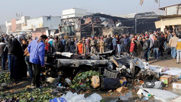 Al menos 35 muertos y un centenar de heridos en un doble atentado en Bagdad