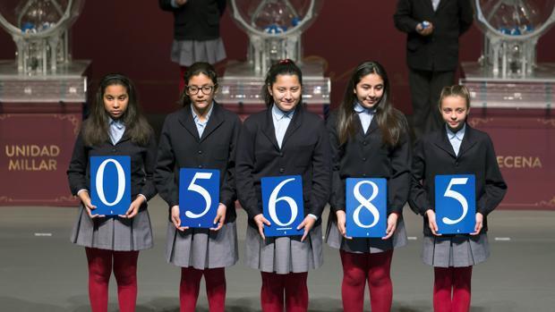 El 05.685, primer premio de la Lotería del Niño