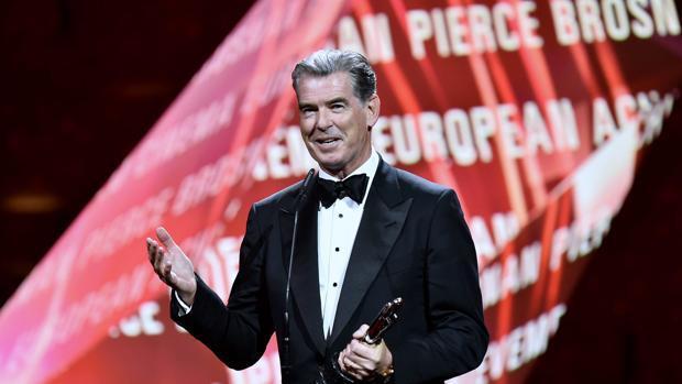 «Toni Erdmann» arrasa en los Premios del Cine Europeo, que se olvidan de Almodóvar