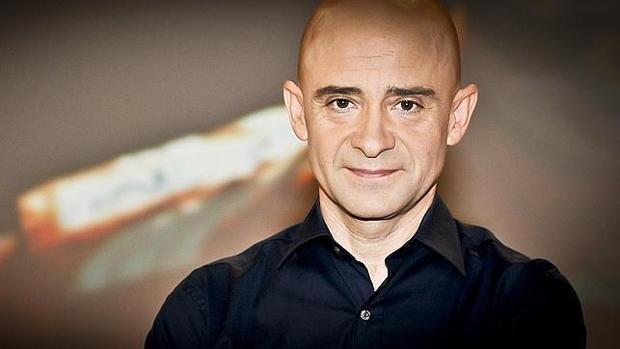 Antonio Lobato revoluciona las redes con una fotografía con melena