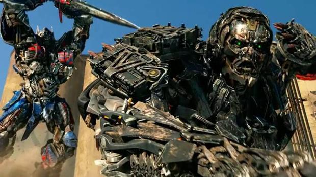 «Transformers: El último caballero» (**): Autos más locos que nunca