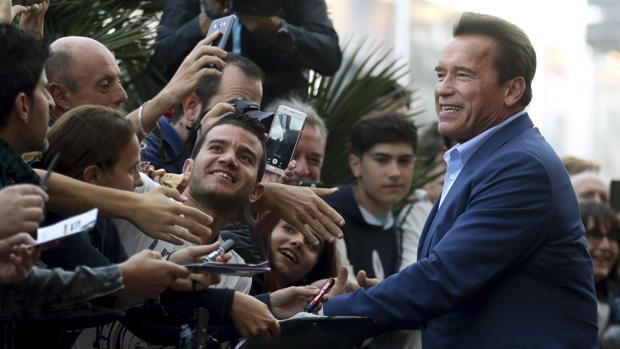 La sombra de Schwarzenegger tapa al resto de estrellas del festival