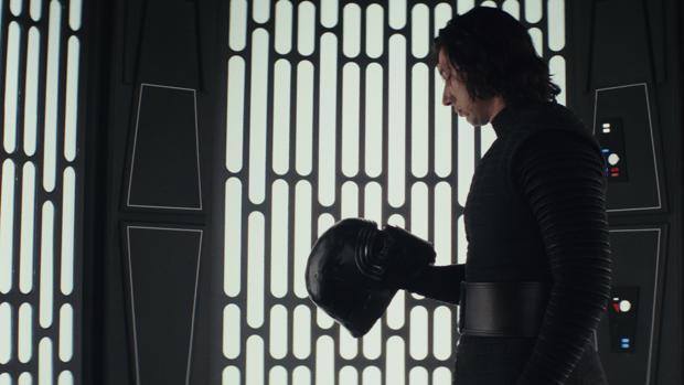 Crítica de Star Wars: Los últimos Jedi: El Halcón será milenario pero la franquicia es anual