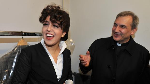 El Vaticano condena a 18 meses de cárcel a Vallejo Balda y 10 a Francesca Chaouqui