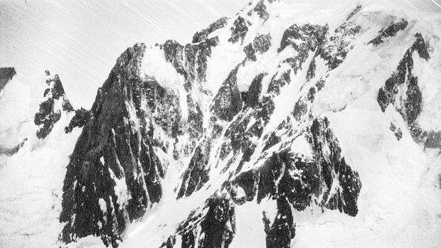 La mejora del tiempo permitirá avanzar en la búsqueda del escalador español desaparecido en Los Alpes