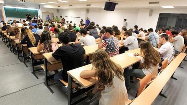 España se queda 12 puntos por debajo de la media de la OCDE en comprensión lectora