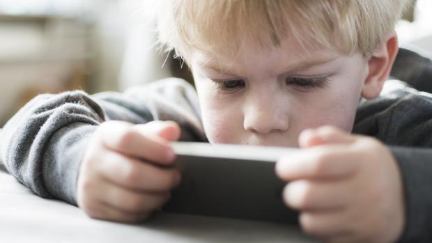 ¿Mejoran las tabletas las competencias del alumnado? Son positivas, pero contemplan riesgos
