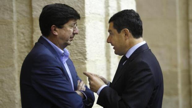 PP y Cs negocian la moción de censura del Ayuntamiento de Nerja