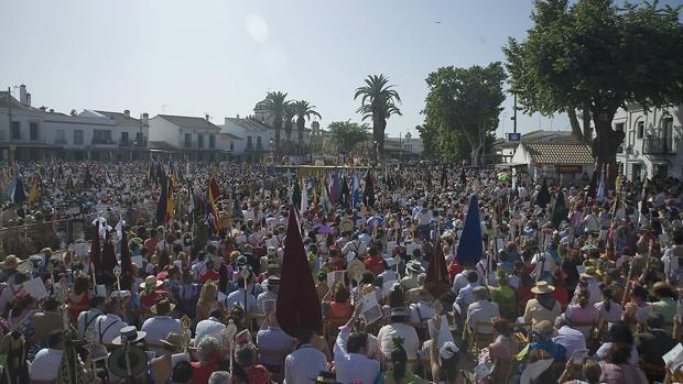 La Hermandad Matriz del Rocío, «por la unidad de España»