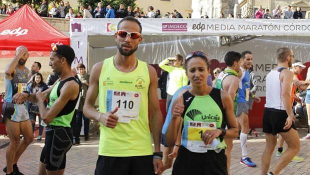 Victorias de Moussaab Hadout y Nazcha Machrouh en la Media Maratón de Córdoba