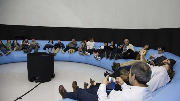 El mayor planetario móvil de España llega a Lucena