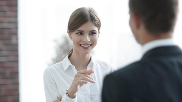 Científicos aseguran que las mujeres son más amables y generosas que los hombres