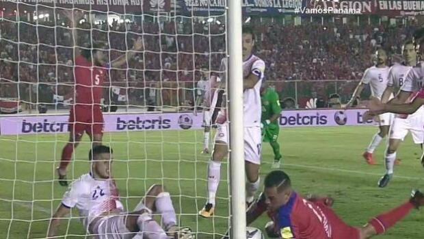 El gol (que no fue) de Panamá que provoca un histórico pandemónium