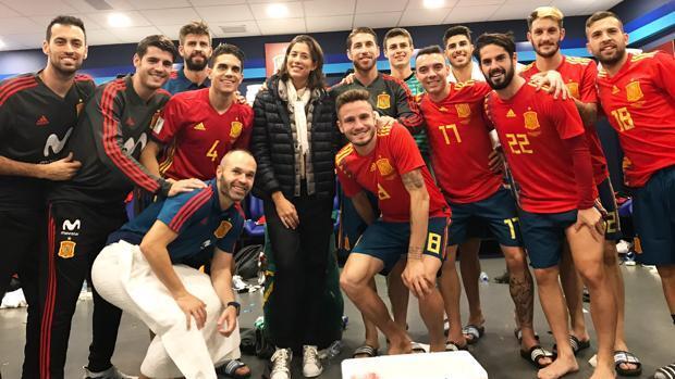 Garbiñe Muguruza bajó al vestuario de la selección en Málaga