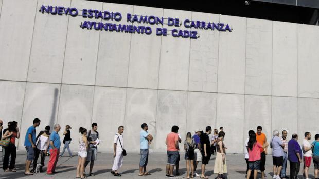 Mirandilla, Irigoyen o Mágico González, entre las opciones para designar al feudo del Cádiz CF