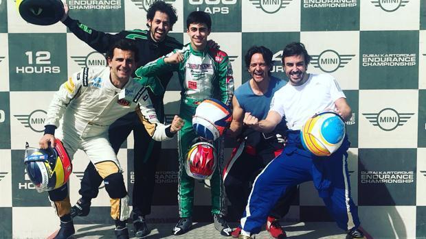 Alonso lía a De la Rosa para su último reto de la temporada