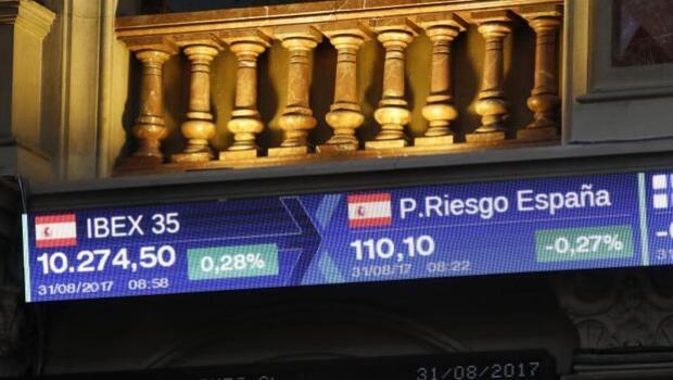 El Tesoro emite 4.780 millones de euros en una subasta de bonos y obligaciones a un interés menor