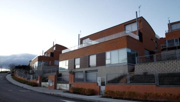 La compraventa de viviendas sube un 2% en Cataluña en septiembre frente al 11% de media en España