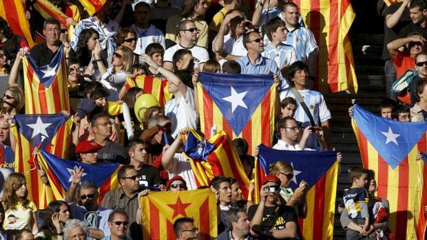 Crisis catalana: los golpes económicos, suma y sigue