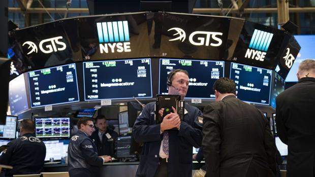 El Dow Jones supera los 26.000 puntos por primera vez en su historia
