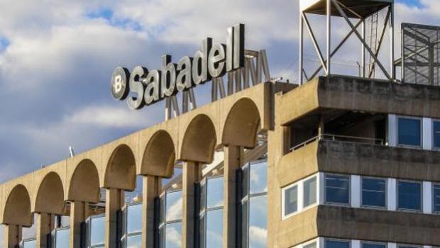 Banco Sabadell obtuvo un beneficio de 801,5 millones de euros en 2017, un 12,8% más