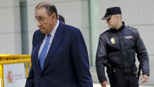 El presidente de «La Razón», investigado por su implicación en un fraude de subvenciones del Gobierno