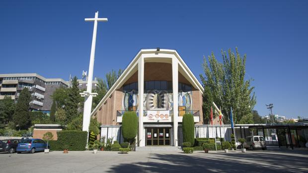 Santa María del Pilar: una conjunción entre colegio y parroquia a espaldas del parque del Retiro