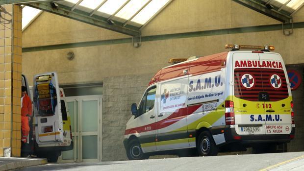Heridas graves cinco niñas tras caer desde una altura de cinco metros al romperse una claraboya en Alicante