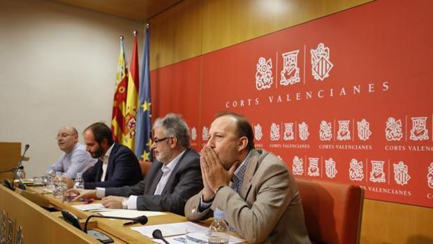 Los ex de Ciudadanos logran algunas de sus reivindicaciones en las Cortes Valencianas