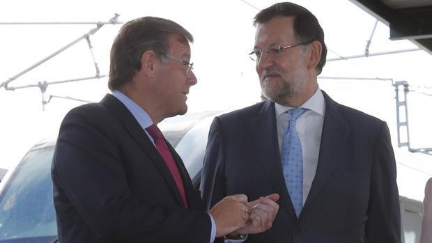 El alcalde de León aclara a Rajoy que su ciudad fue reconocida como «cuna del parlamentarismo»