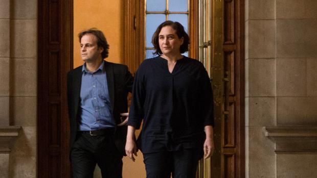 Colau acusa a Convergència de tapar la corrupción con su giro independentista