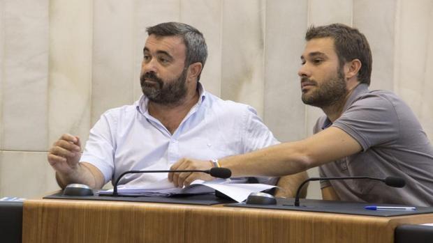 Compromís se alía con una edil procesada por corrupción y un tránsfuga en una moción de censura fallida en Benitatxell