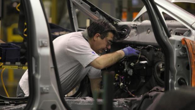 La tensión laboral se dispara en Opel, la mayor fábrica de Aragón: más de 8.000 trabajadores en vilo