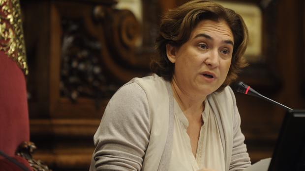 El foco que señala a Colau y otras inquietantes acciones reivindicativas de los independentistas catalanes