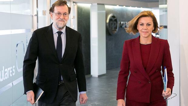 Cospedal niega un enfrentamiento con Santamaría: «No hablaríamos de esto si fuéramos hombres»