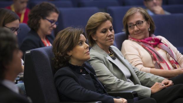 Santamaría y Cospedal, una tregua exigida por Rajoy