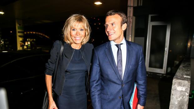 Emmanuel y Brigitte Macron, un amor a prueba de escándalos