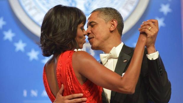 El matrimonio Obama celebra sus bodas de plata: «Todavía eres mi mejor amigo»