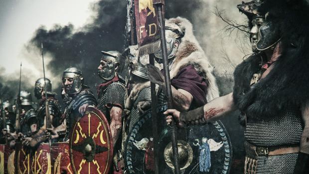 ¿Legiones romanas o falanges griegas? La batalla total para decidir el guerrero más fiero de la Antigüedad