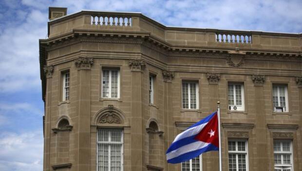 EE.UU. expulsa a 15 diplomáticos cubanos para presionar en la investigación del ataque acústico