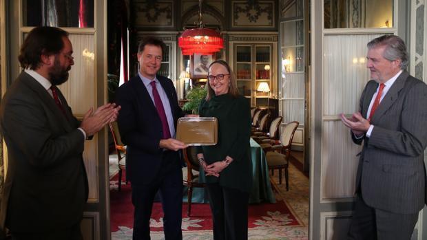 Nick Clegg recibe en Madrid el Premio Otto de Habsburgo por «dar la batalla por el ideal europeo»